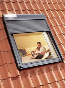 volet roulant pour velux solaire pour fenetre de toit